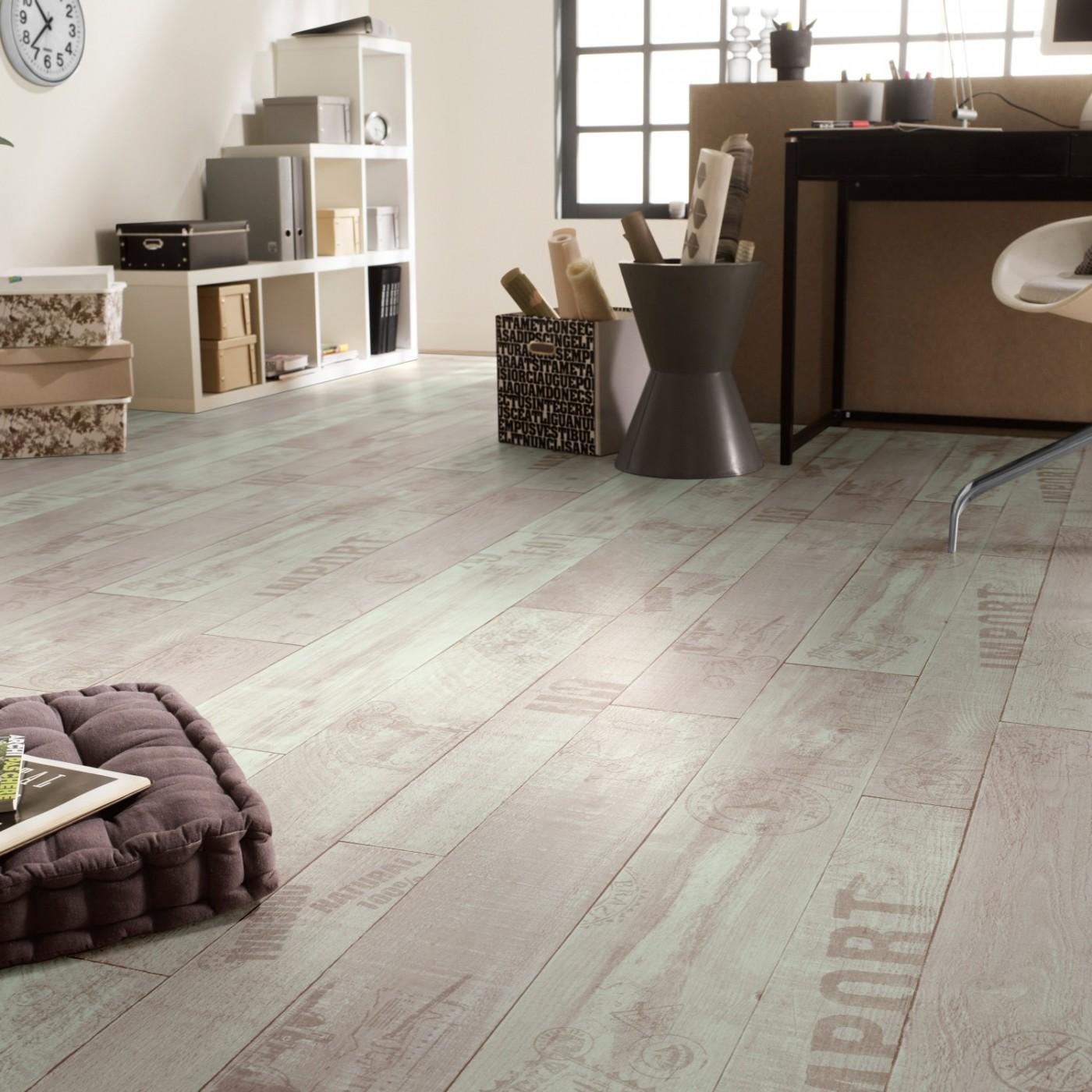 Cushioned vinyls grosvenor flooring norwich for Wood effect cushion flooring